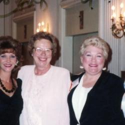1992_RWA-Chicago-Conf_Gillian-Doyle-Mindy-Neff-Charlote-Lobb-Jackie-Radoumis-Sharon-Brevik_edited-1